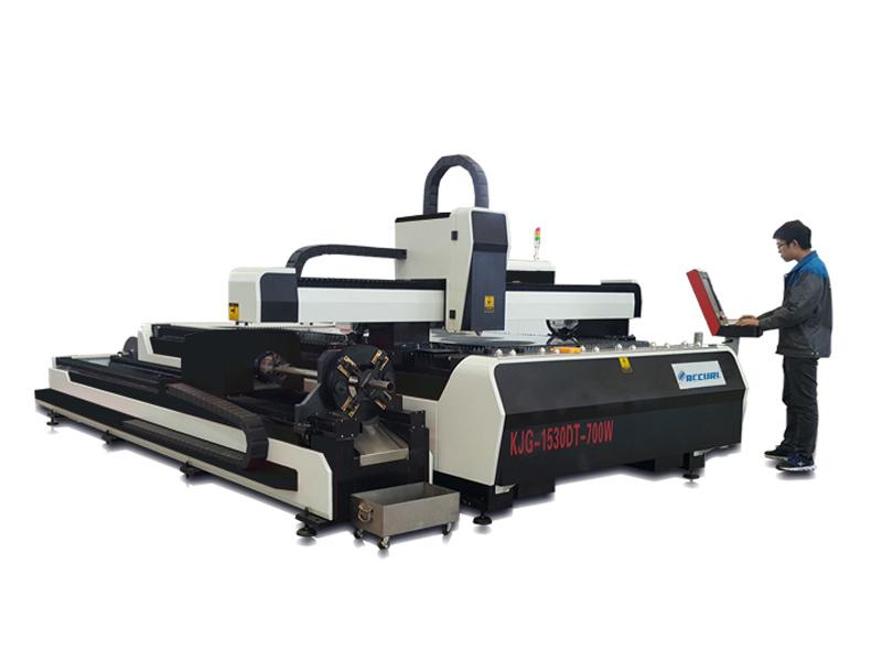 laseron tranĉanta maŝinajn fabrikistojn